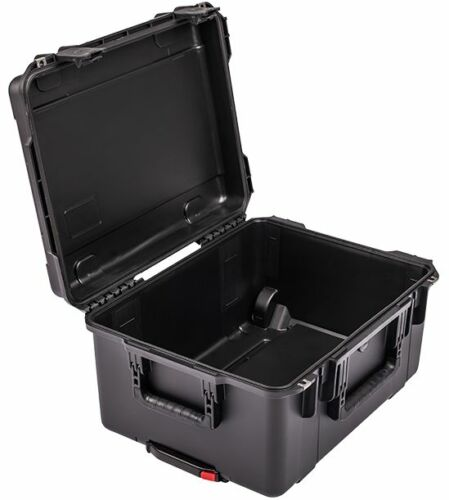 SKB Cases Black  3i-2015-10B-E No Foam Comes with 1 TSA Lock.