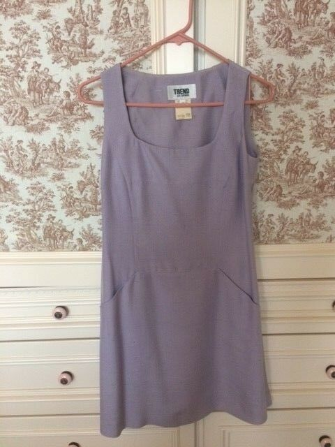 Barneys New York Trend Les Copains Elegant Lavender Dress with two pockets