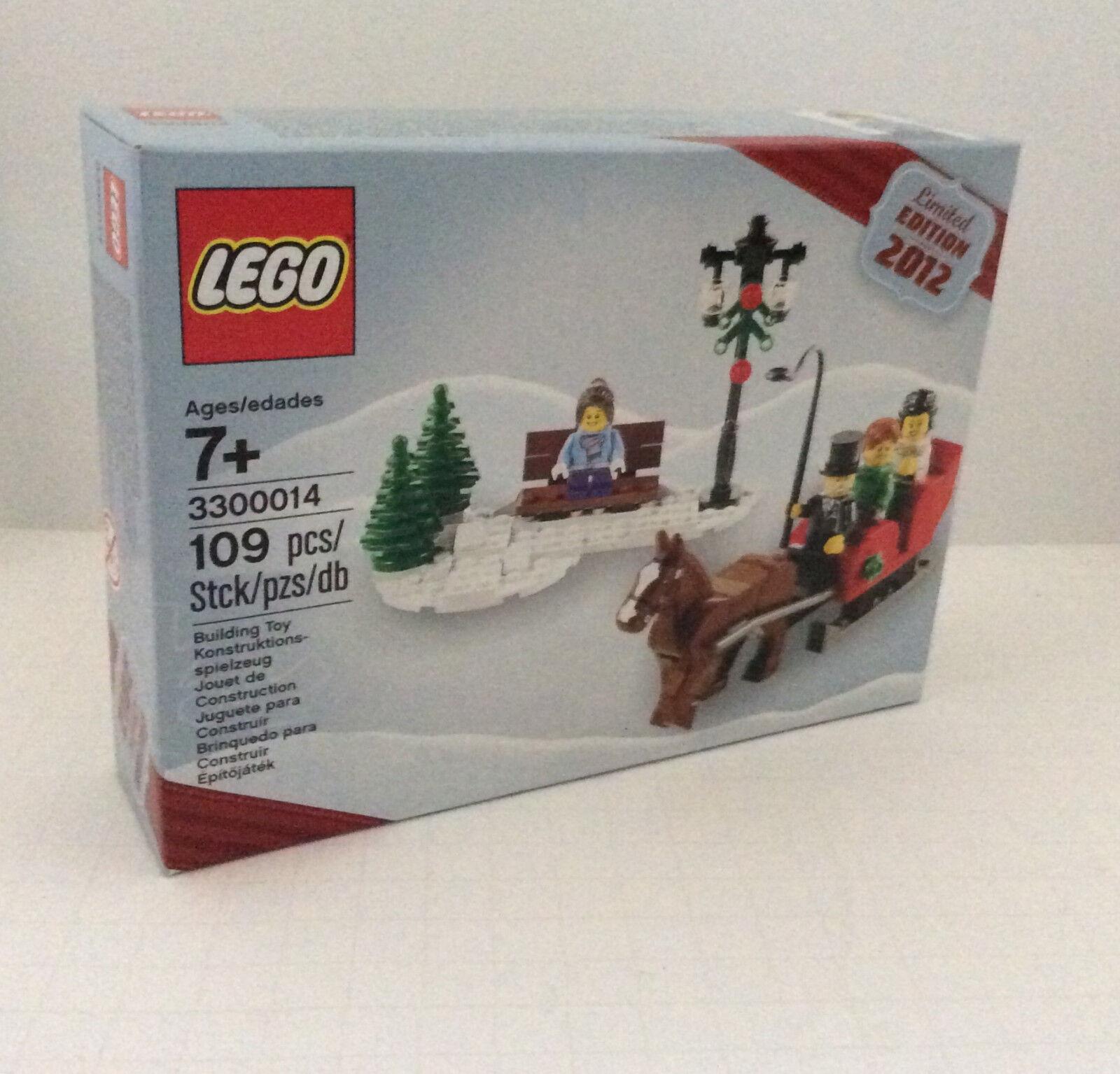 New LEGO 3300014  2012 Limited Edition Christmas Holiday Set  Factory Sealed