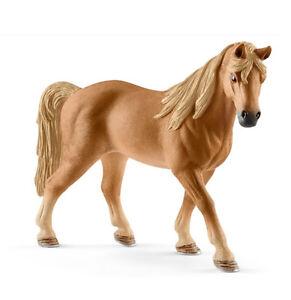 Schleich-13833-Chestnut-Tennessee-Walking-Horse-Mare-Model-Toy-2017-NIP