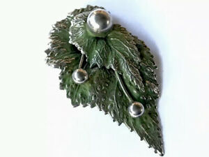 Vintage-Large-Silver-Tone-Green-Art-Deco-Dress-Clip-Brooch-GIFT-BOXED