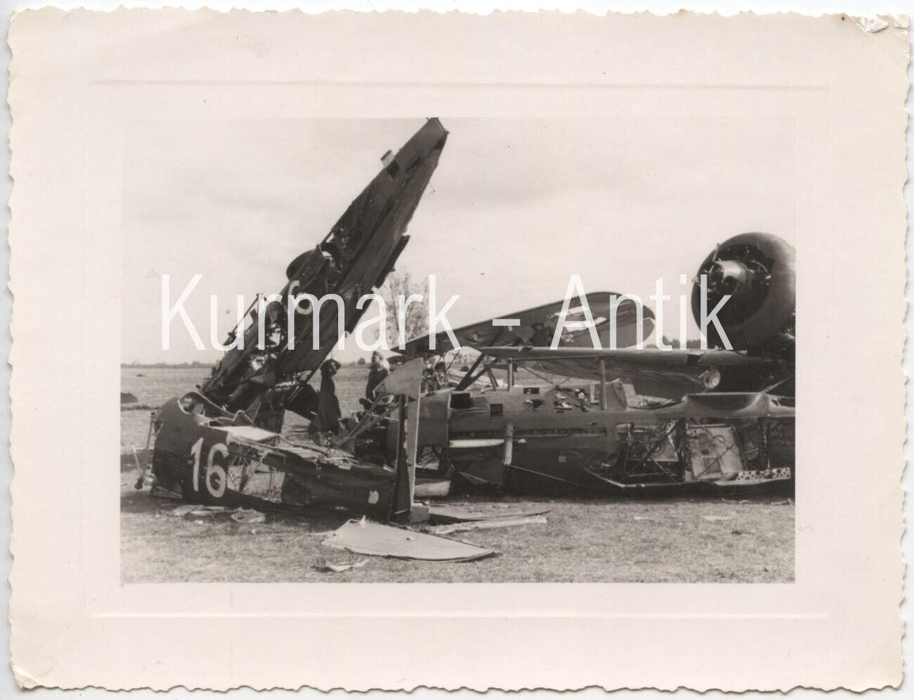 Bild 1 - AM216 Foto Wehrmacht Luftwaffe Flugzeug Beute Polen Frankreich Typ ?