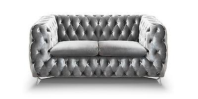 Chesterfield Sofa 2-Sitzer Emma grau Couch Lounge Samt Stoff Schimmereffekt