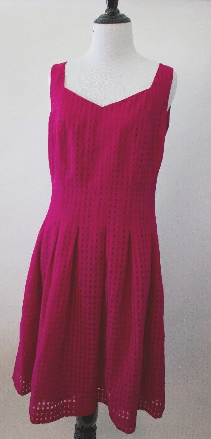 Ivanka  Trump Pink  color Sheer Fit  and Flare  Sleeveless Shift Dress Size 6