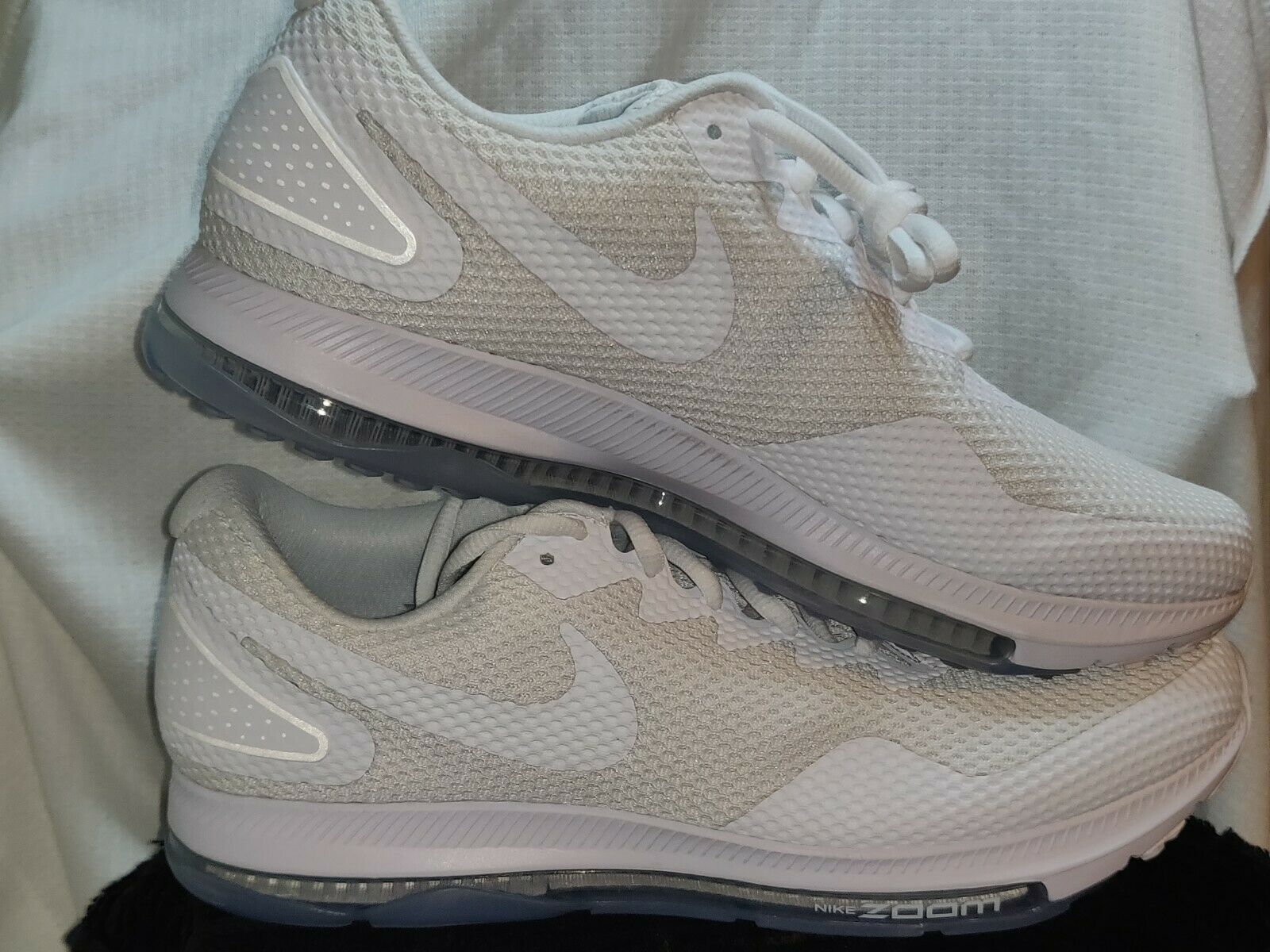 NEW Nike Zoom All Out Out Out Low 2 Running Men's Size 10 White AJ0035-100 a99df8