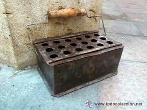 Antiguo-brasero-calentador-de-hierro-de-escuela-o-nino-Siglo-XIX