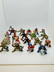 Vintage-1994-F-P-Medieval-Adventures-Knights-amp-Pirates-Action-Figures-Lot-of-19