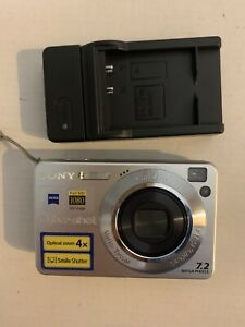 Sony-Cyber-shot-DSC-W110-7-2-MP-Digital-Camera-Silver