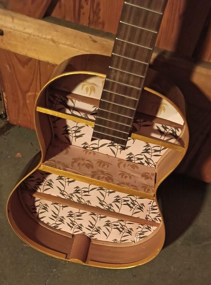 Andet, Alhambra Guitar-hylde