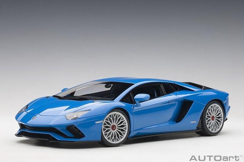 79134 Lamborghini Aventador S 2017  Blu Nila / Pearl Blu     Compo, 1:18 Autoart