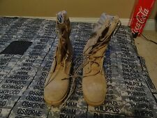 MILITARY ISSUE DESERT HOT WEATHER BOOTS SIZE  4 REGULAR COMBAT  FOR ACUS ALTAMA