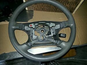 2002 2005 toyota camry steering wheel w cruise control switch ebay. Black Bedroom Furniture Sets. Home Design Ideas