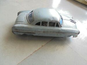 Vintage-Wind-Up-Gray-Color-Litho-Car-Tin-Toy-Collectible