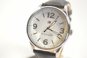 Tommy-Hilfiger-1781596-Metallic-Silver-Dial-Black-Leather-Ladies-Watch