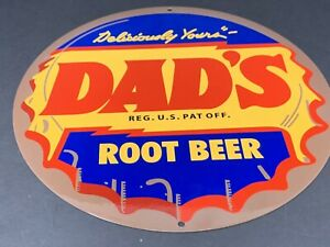 VINTAGE-DADS-ROOT-BEER-BOTTLE-CAP-METAL-SIGN-12-034-SODA-POP-ADVERTISING-DISPLAY