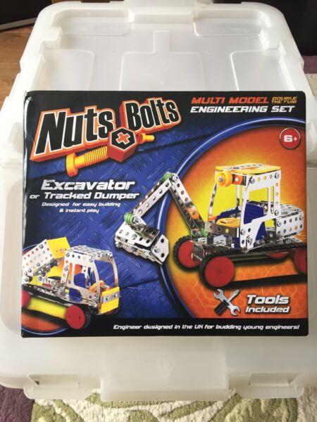 Bien Nuts & Bolts Multi Modèle Ingénierie Set Pelle Chenilles Dumper
