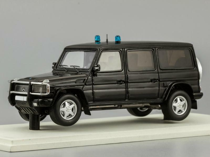 Mercedes G55 Xxl Ambulancia 1 43 Dip
