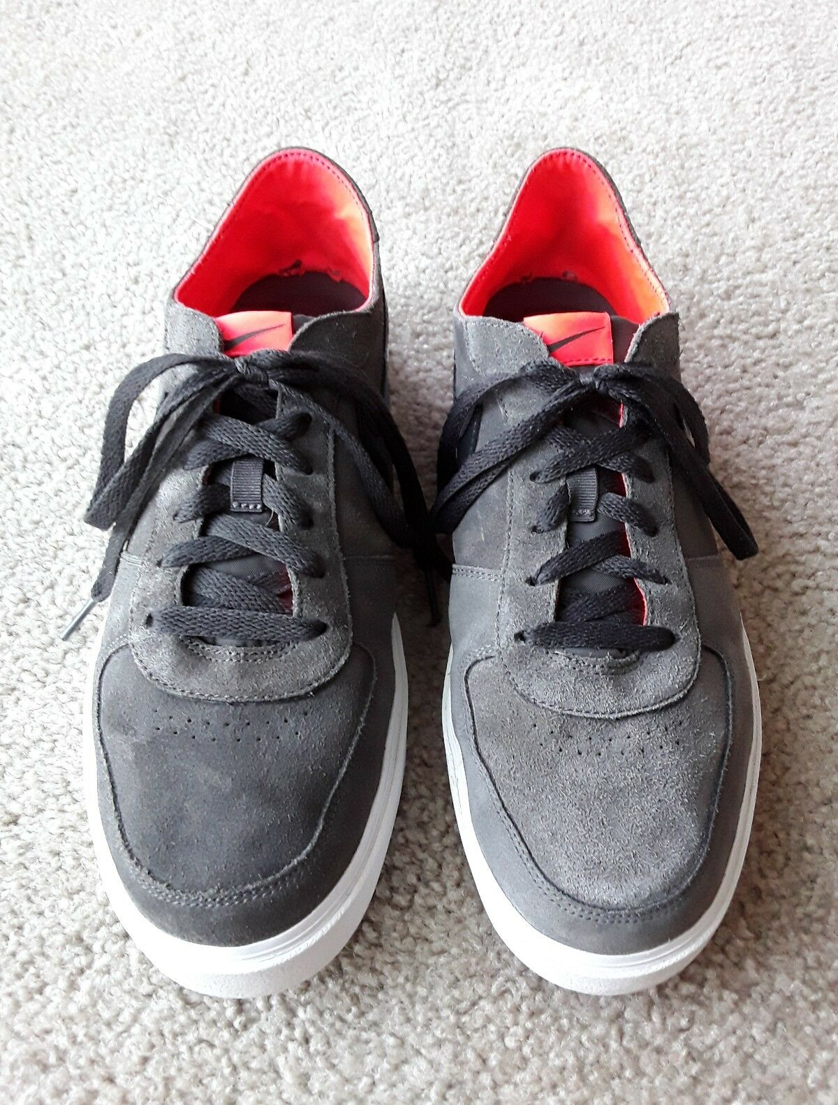 NIKE Gray Red Suede Black Red Gray Skateboard Shoes Men's Size 12 Running  513676-006 8513fe