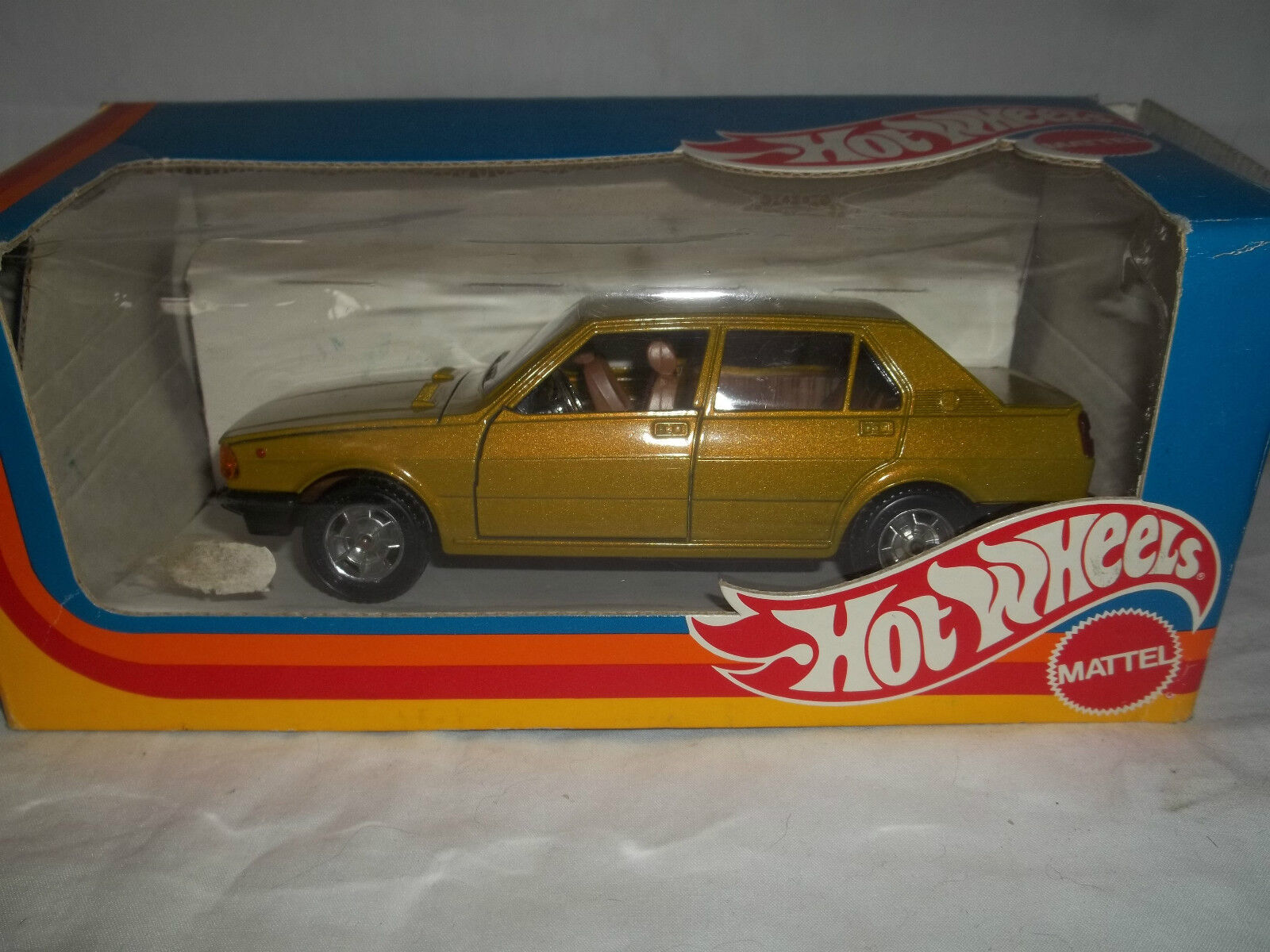 Vintage hotwheels   mattel GIULIETTA 1 25 mint & boxed (rare)