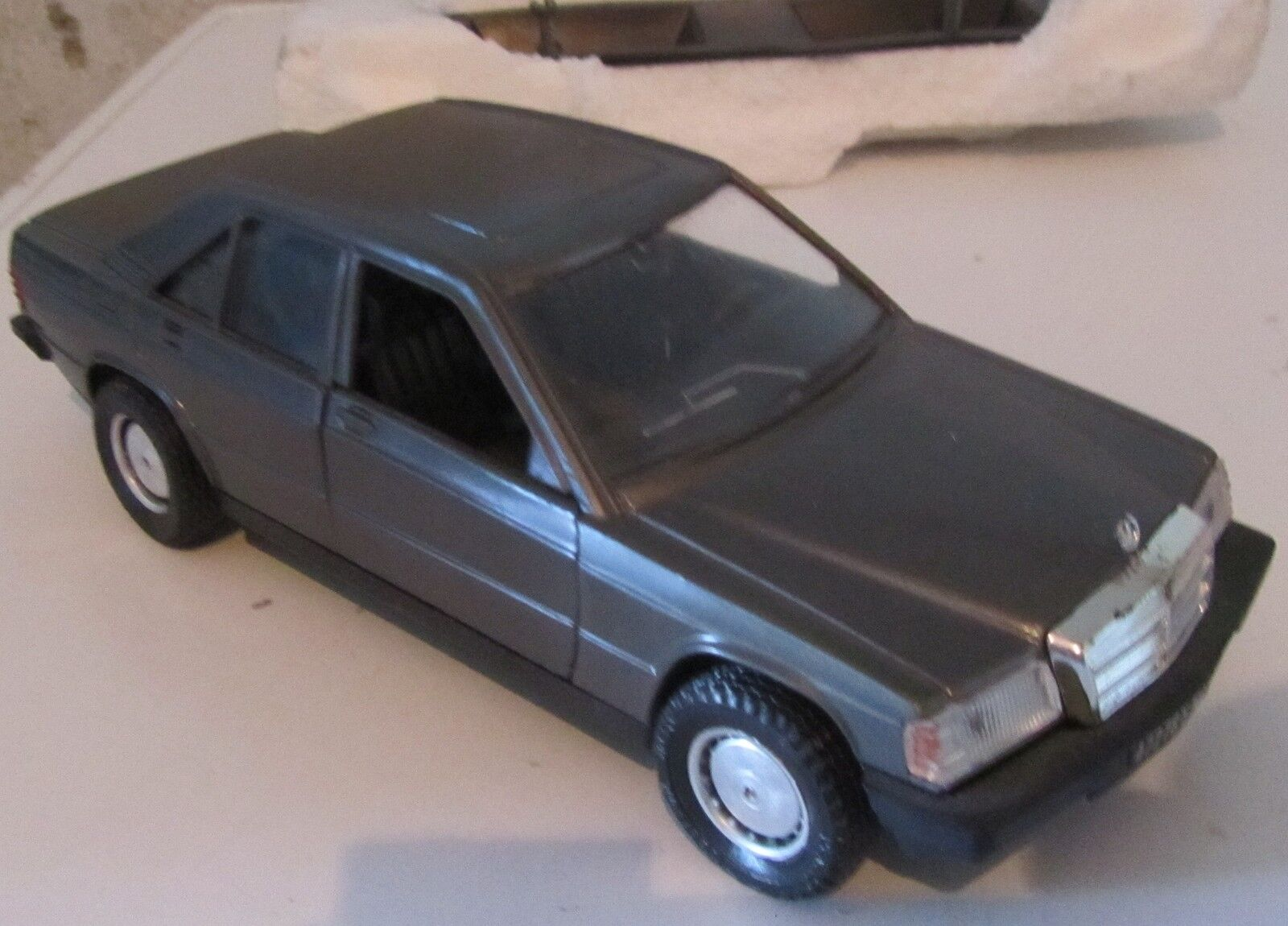 Modellino Polistil Mercedes 190 E S 202 1 25