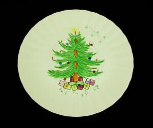 Blue-Ridge-Potteries-Hand-Painted-Christmas-Tree-Plates-Presents-Mistletoe