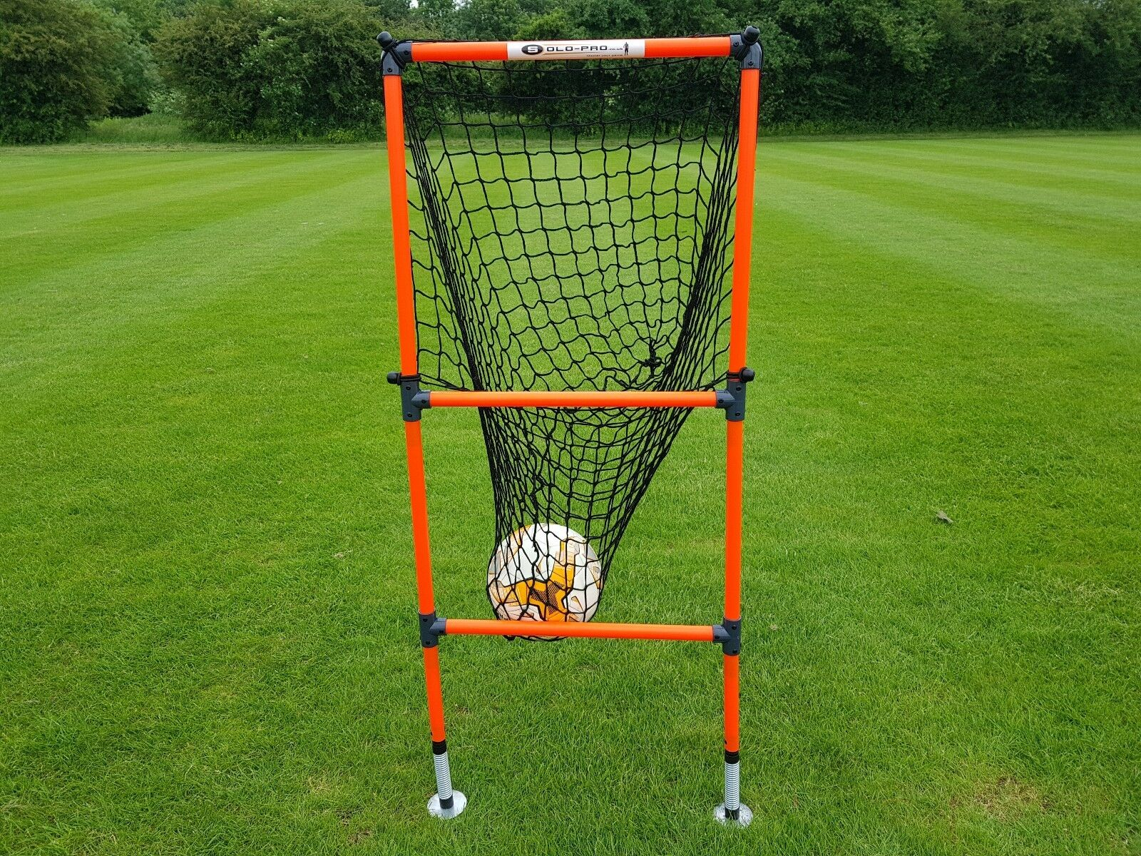 GOAL TARGET PASSING ARC SPRING LOADED FOOTBALL TRAINING PASS MASTER PLUS