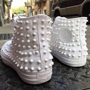 Converse Bianche Alte Monochrome personalizzate con borchie bianche total white