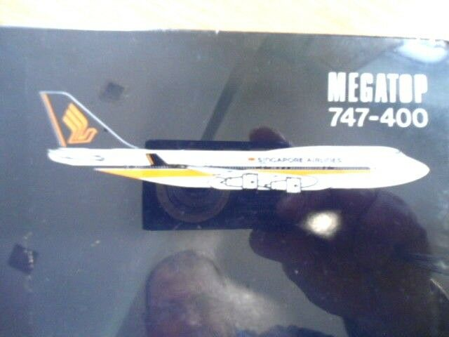 HERPA SINGAPORE AIRLINE 1 500 MEGATOP 747-400 NEUF