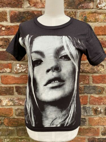 Kate Moss Face of British Fashion Graphic Screen Print Faded Black T-Shirt 32in