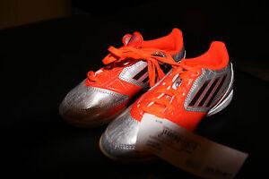 Details zu Adidas Hallen Turn Schuhe Fussball Schuhe 31 UNISEX , Neu mit Etikett