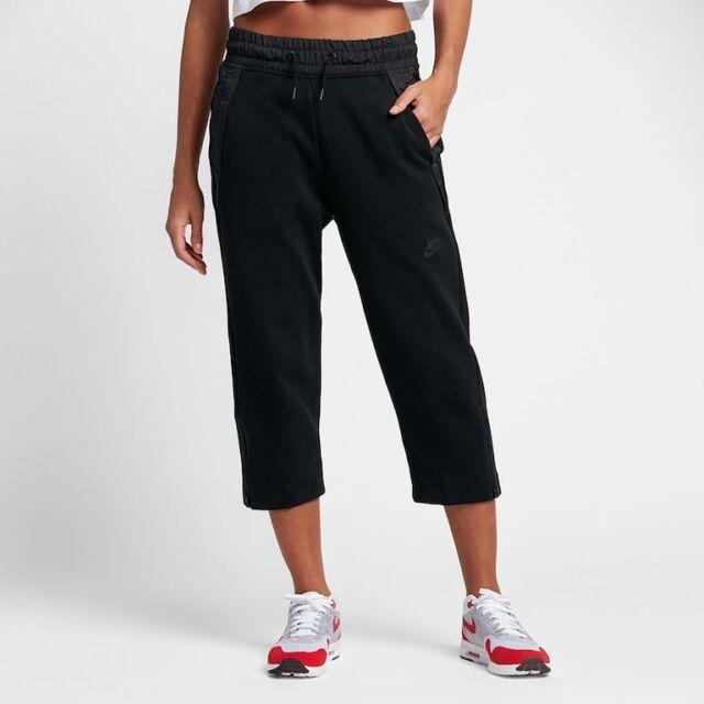 8c937a61be00 NWT Nike Tech Fleece Cropped Womens Sneaker Pants Black Size XS 831711-010