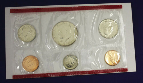 1990 UNCIRCULATED Genuine U.S MINT SETS ISSUED BY U.S MINT
