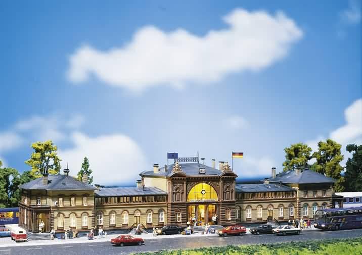 Faller 110113 Estación Bonn 700X 160X 130mm Nuevo Ovp