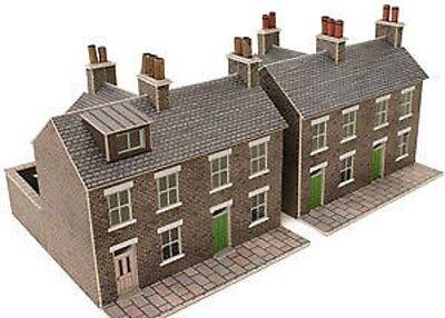 Metcalfe PN104 Card- Terraced Houses Stone(N Gauge) Railway Model