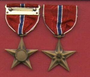 WWII-Bronze-Star-medal-Genuine-WW2-with-V-device-VALOR