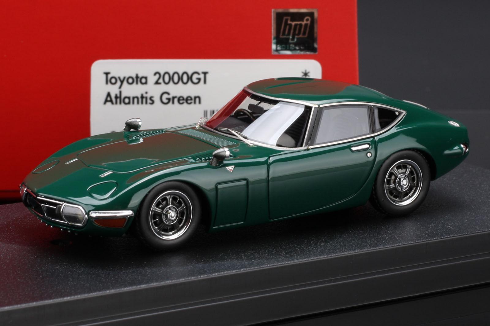 Toyota 2000GT  Atlantis vert  -- HPI  8368 résine 1 43