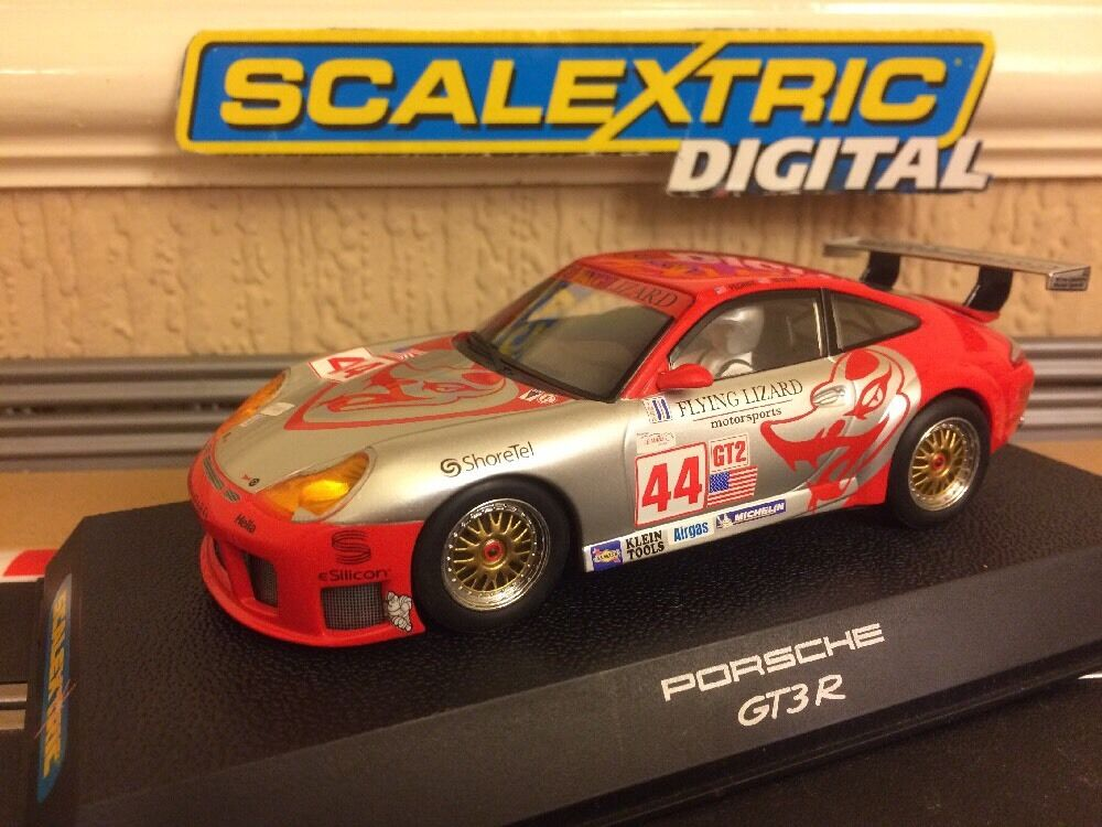Scalextric Digital Porsche 911 GT3R Flying Lizard No44 (C2731) Mint Boxed