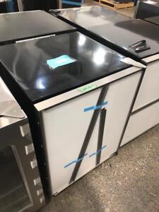 50 % OFF !! Mini réfrigérateur 24, Panneaux personnalisés, Monogram/ Ouvert ! Longueuil / South Shore Greater Montréal Preview