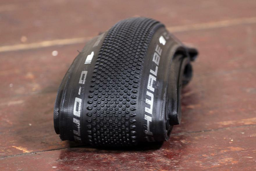 Schwalbe G-One All-Round TLE (TUBELESS) 700x35 28x1.35 - Raceguard - Microskin