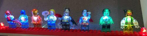 Arbre de noël de super-héros brique lumières: handmade, magnifique cadeau, fun, fits lego