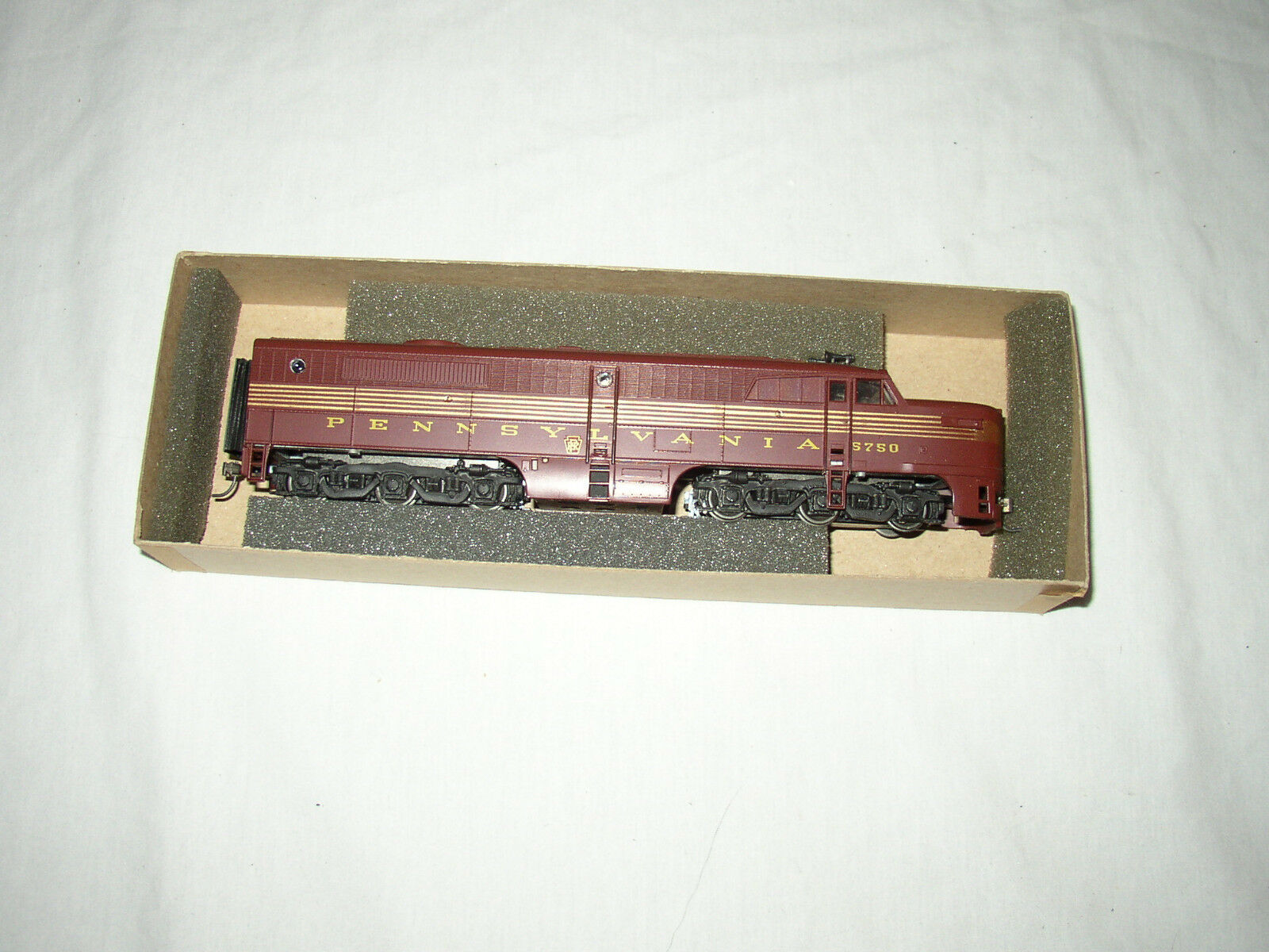 CON-COR HO SCALE  5750 PRR LOCOMOTIVE LOT  T-13