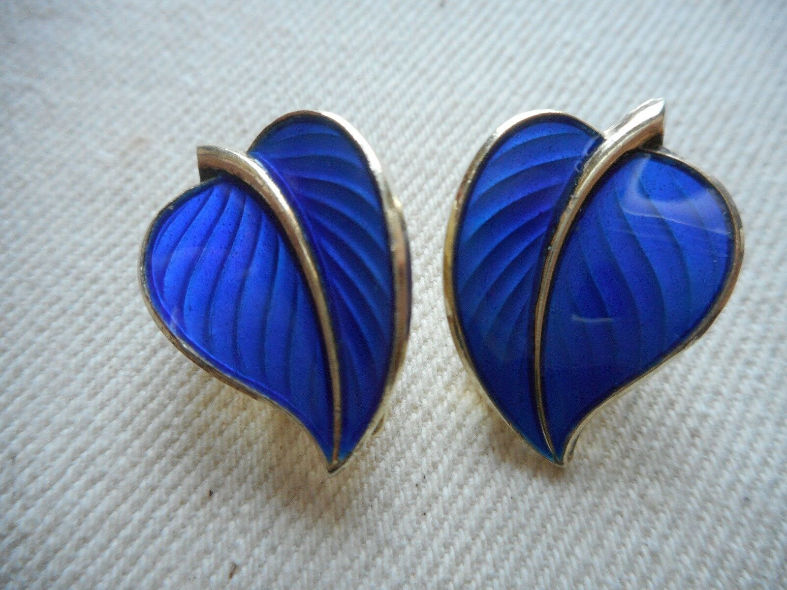 Vintage Sterling GF Norway Leaf bluee Guilloche Clip On Earrings 361411