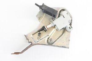 2013-PIAGGIO-MP3-500LT-SPORT-REAR-LOCK-MECHANISM
