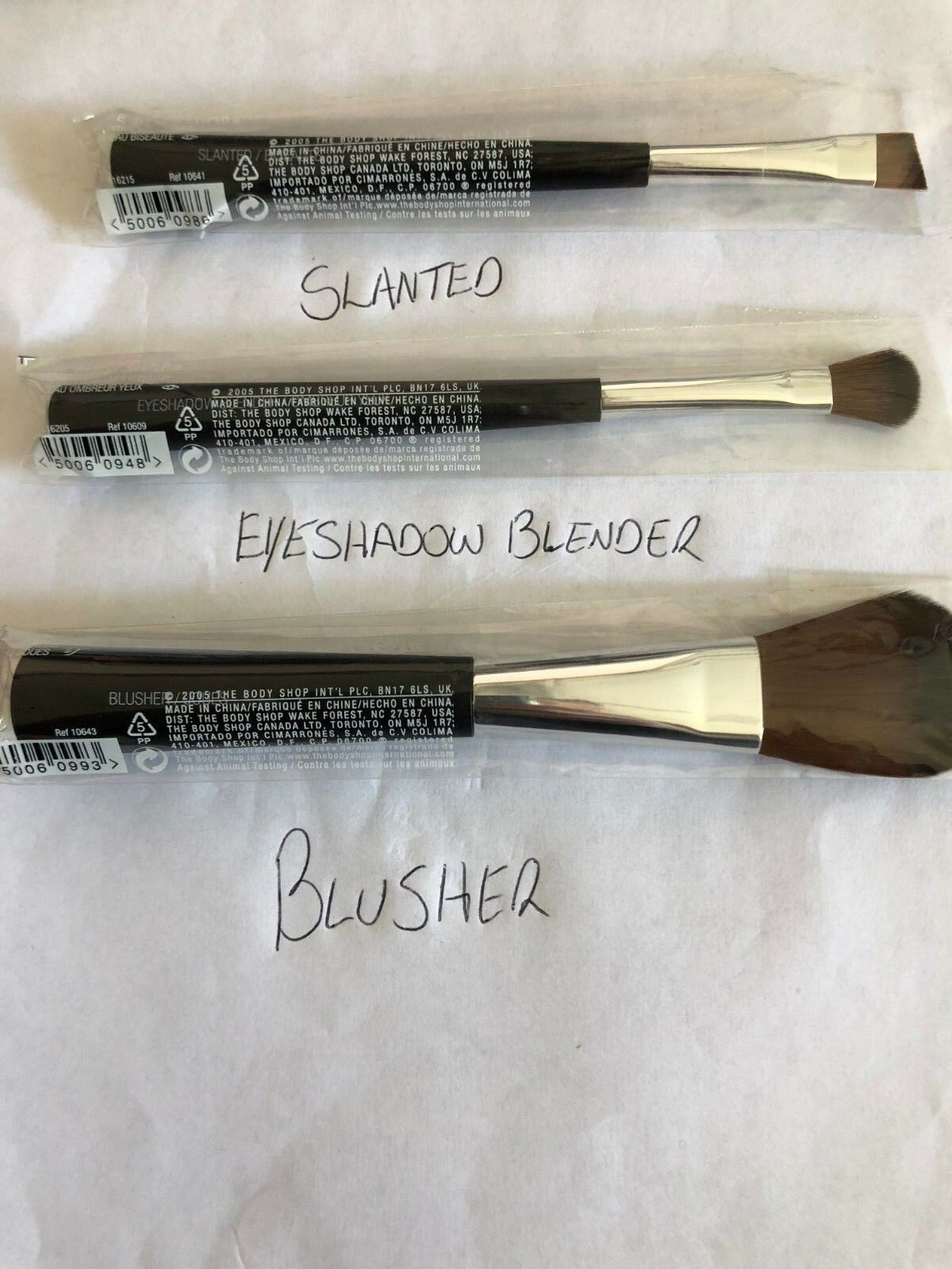 The Body Shop Blusher Brush Ebay