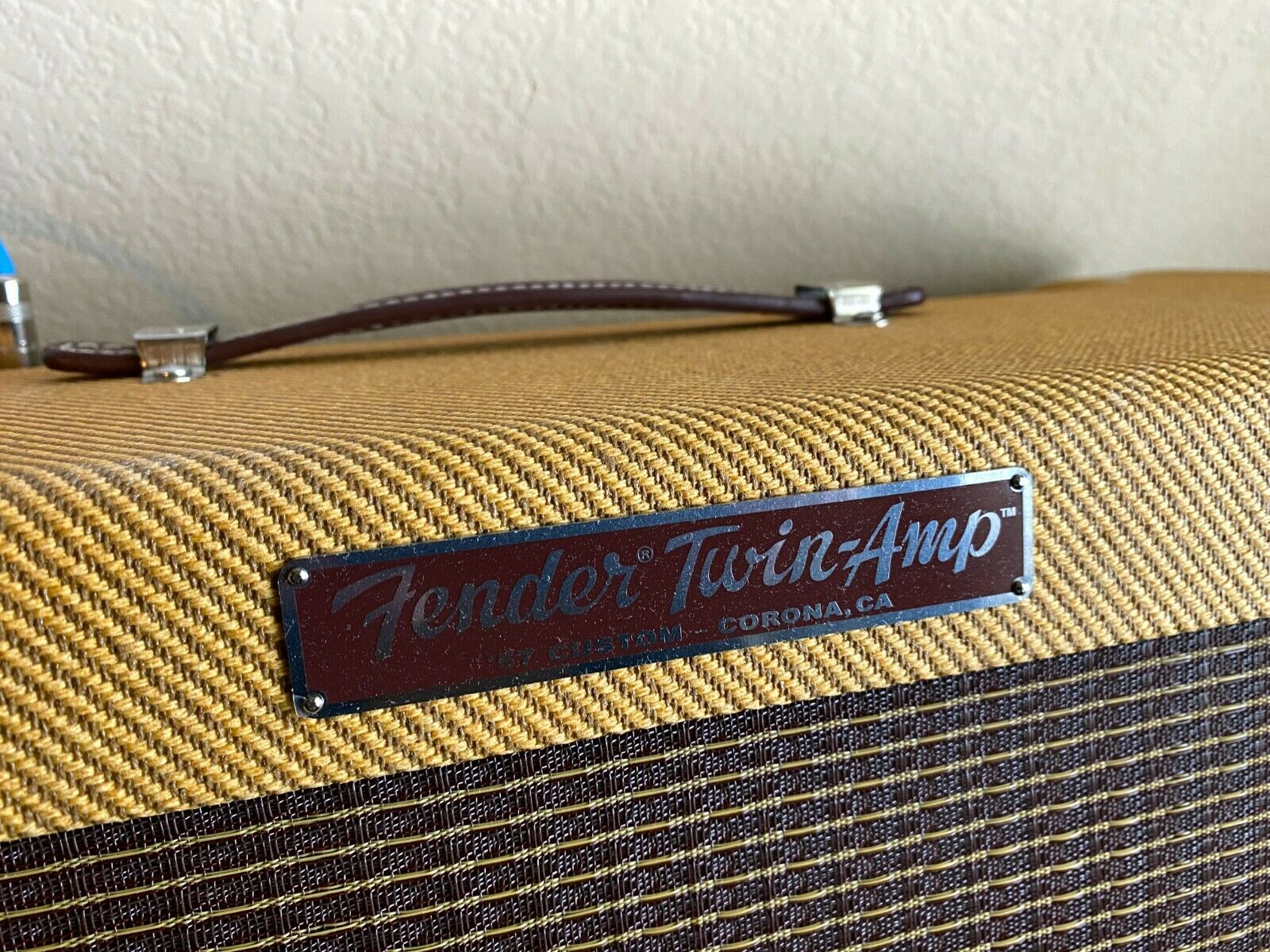 Fender '57 Custom Twin 40W 2x12 Tube Guitar Amp Lacquered Tweed (MINT). Available Now for 2650.00