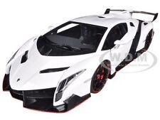 LAMBORGHINI VENENO WHITE 1/18 DIECAST MODEL CAR  AUTOART 74507