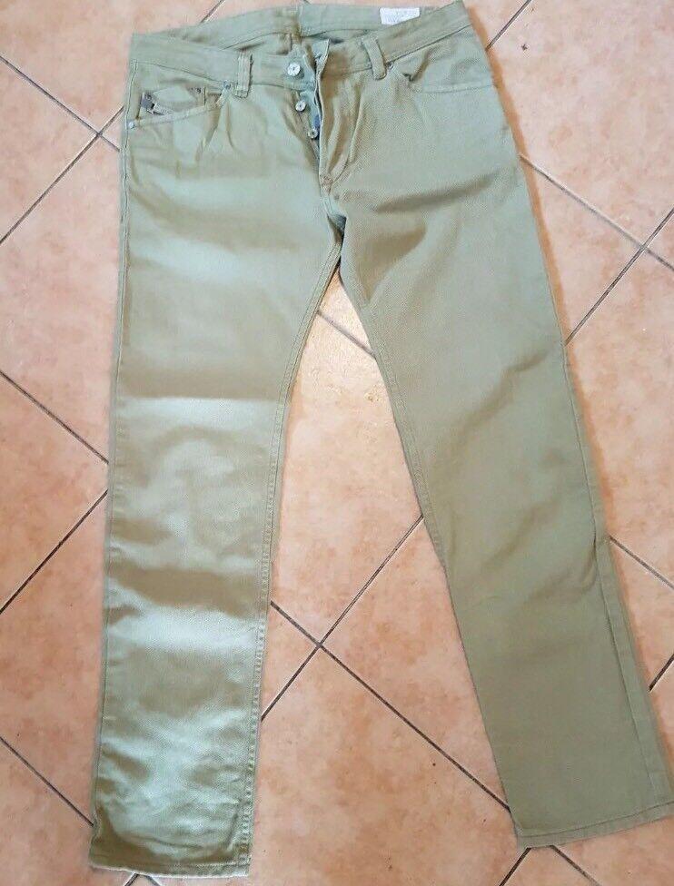 Diesel Jeans W34 L34 Khaki Modell Darron Taperot Leg Beige Hose