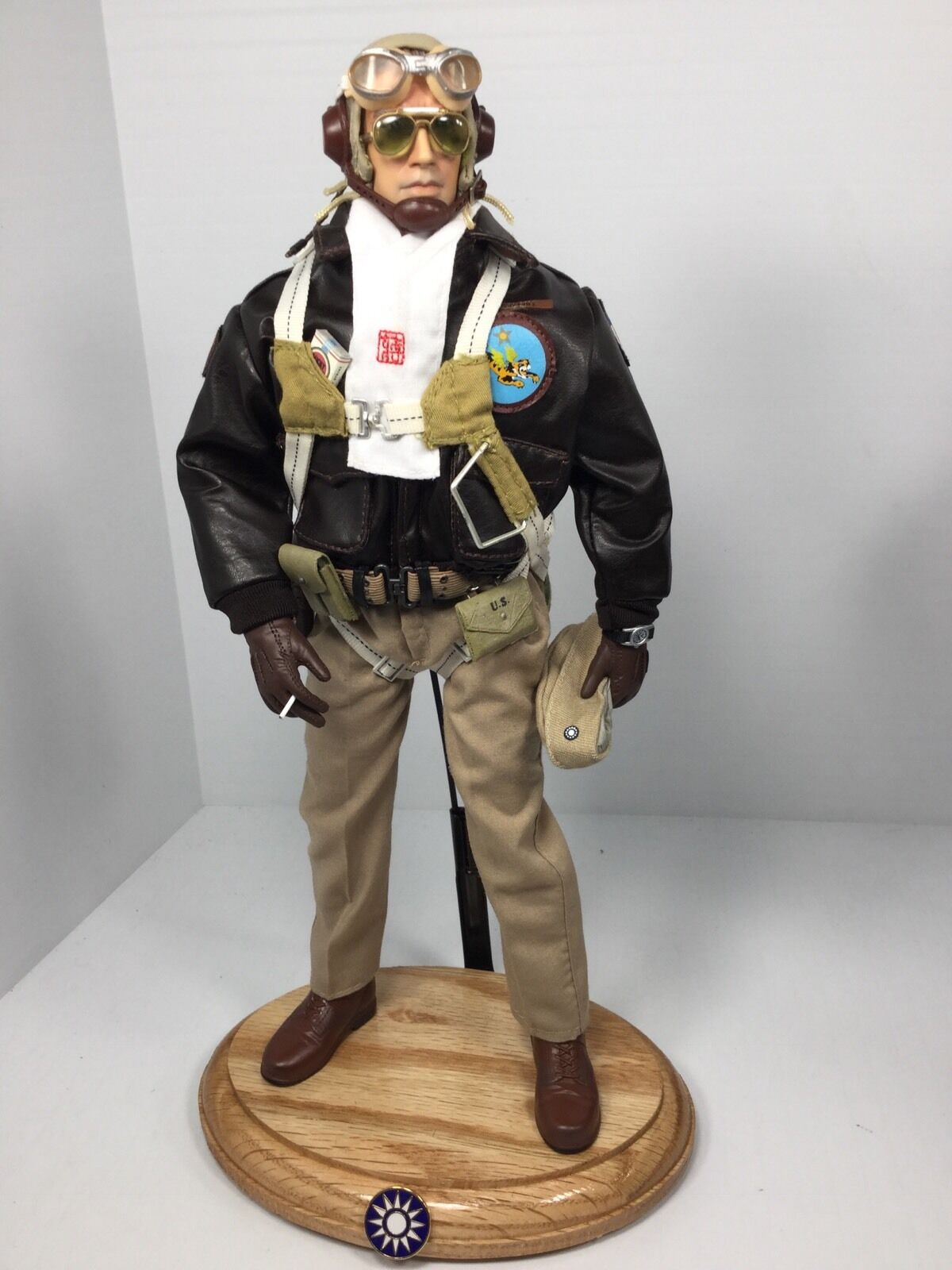 1/6 DRAGON P-40 AVG FLYING TIGERS FIGHTER PILOT WW2 PARACHUTE+STAND BBI DID RC
