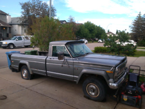 For sale vary rare 1975 J10 jeep