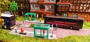 Bushaltestelle mit Verkehrsinsel | Spur N  | Haltestellen
